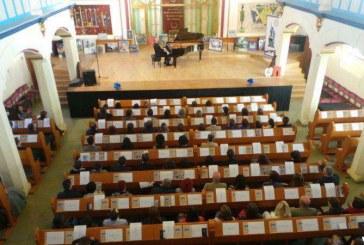 Concert caritabil și licitație de tablouri, în sprijinul copiilor cu autism din Bistrița