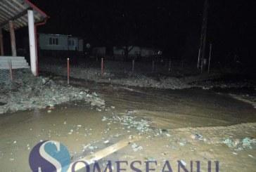 Primele măsuri luate de autorități în urma inundațiilor din zona Dej. Ce ajutoare primesc locuitorii