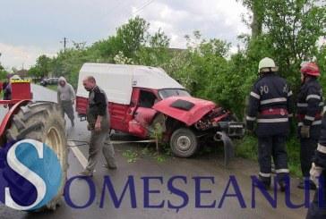Accident rutier la Petrești. Un șofer din Bonț s-a răsturnat cu mașina  – FOTO/VIDEO