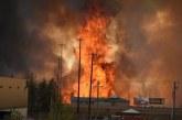 Un oraș întreg evacuat din cauza unui incendiu. Peste 88.000 de persoane fug din calea flăcărilor – VIDEO