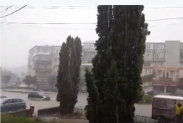 Subsoluri și grădini inundate în Sălaj, în urma ploilor de marți – VIDEO