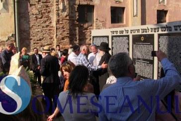GHERLA – Memorialul Holocaustului din curtea Sinagogii, a fost inaugurat – FOTO/VIDEO