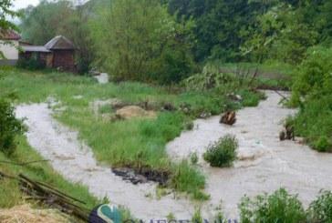 Cod galben de inundații pe mai multe râuri din Transilvania până sâmbătă