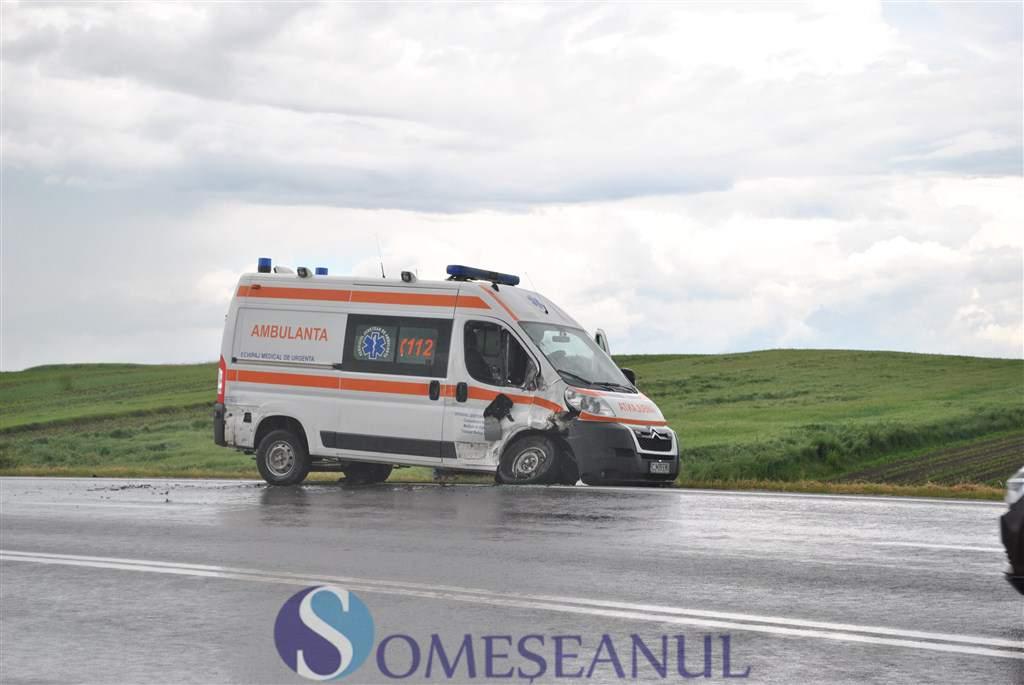 someseanul-accident ambulanta tureni turda (4)