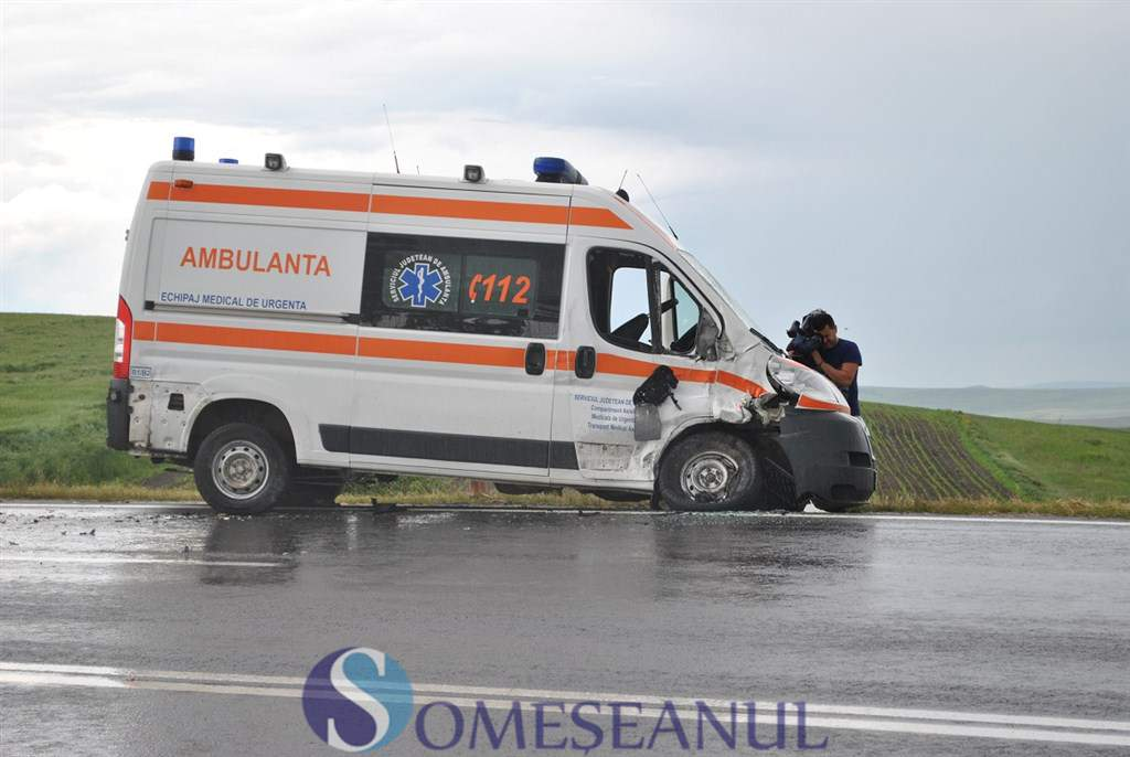 someseanul-accident ambulanta tureni turda (5)