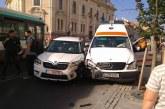 Două ambulanțe implicate în accidente diferite în centrul Clujului – FOTO
