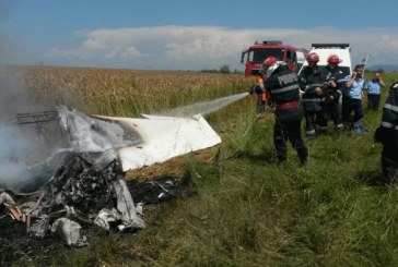 Doi morți în urma prăbușirii unui avion de mici dimensiuni