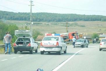 Accident cu victime la Bunești, după ce un șofer din Dej a intrat în depășire neregulamentară – FOTO/VIDEO