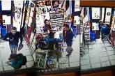 Facerea de bine… în Cluj. A atras atenția unei femei că este jefuită și a fost luat la pumni de un ghiolban – VIDEO