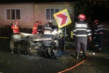 Tânăr din Beclean, decedat într-un accident pe DN 17. Mașina lui a ars ca o torță – FOTO