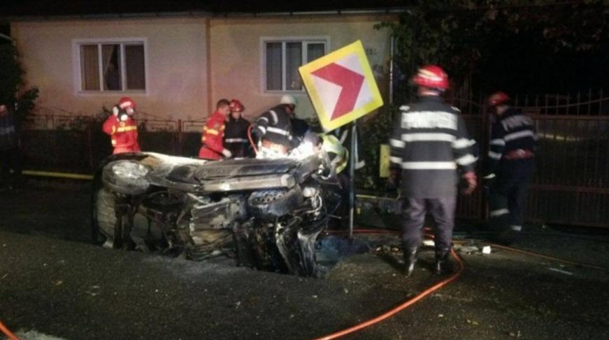 accident-mortal-masina-cap-pod-sieu-magherus
