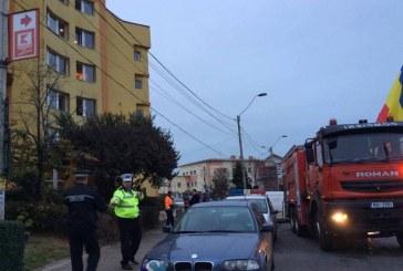 FOTO – Explozie într-un bloc din Turda, din cauza unei butelii