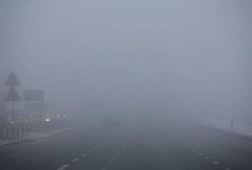 Cod galben de ceață pe Valea Someșului. Ninsoare și viscol la munte