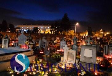 LUMINAȚIE 2016: Cimitirele din Gherla transformate în oaze de lumină – GALERIE FOTO