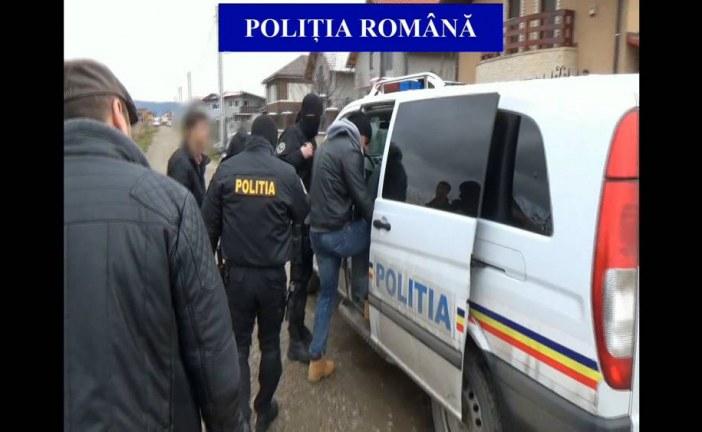 DIICOT: Cinci percheziţii domiciliare pe raza judeţelor Maramureş şi Cluj în cadrul unei acţiuni vizând destructurarea unui grup infracţional