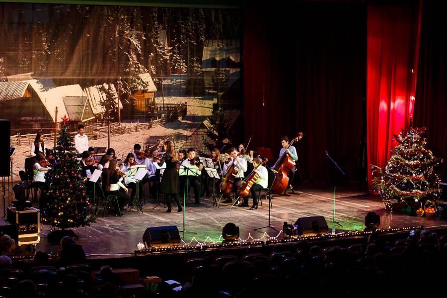Concert caritabil de colinde ,,Vin Colindătorii. Fericit este cel ce poate dărui''