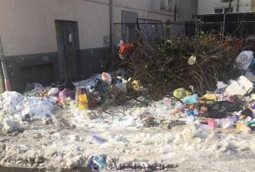 Primarul Dejului dă vina pe PNL pentru situația deșeurilor din oraș și anunță că problema va fi rezolvată în câteva zile