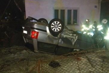 Accident grav în Bistrița Bârgăului. Un șofer băut s-a răsturnat cu mașina – FOTO
