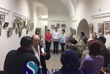 Expoziție de goblenuri la Centrul Turistic din Gherla – GALERIE FOTO