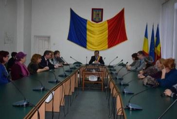 Primarul municipiului Dej a semnat contractele cu directorii unităţilor de învăţământ