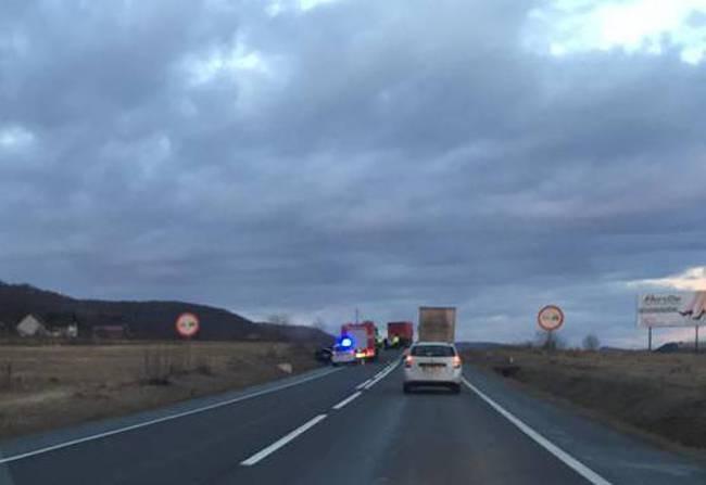 accident camion masina gilau dn1 (1)