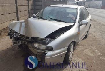 Accident rutier la Dej. Două persoane au ajuns la spital – FOTO