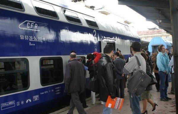CFR Călători: Reduceri la bilete şi abonamente pentru elevi