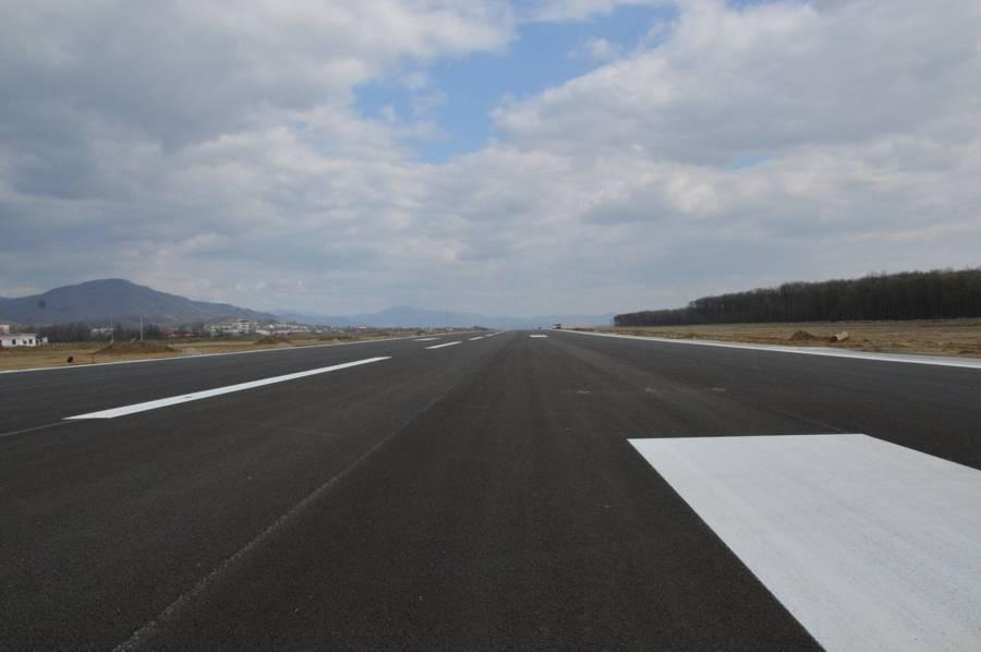 pista aeroport baia mare