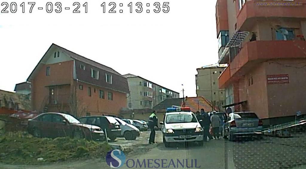 cersetoare dej incatusata de politisti