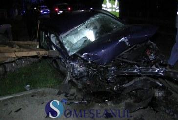 Grav accident la Mintiu Gherlii. Doi tineri au ajuns în stare gravă la spital. Trei mașini implicate – VIDEO