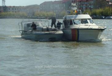 Ambarcaţiune ucraineană surprinsă la braconat în Marea Neagră de nava Poliţiei de Frontieră – FOTO