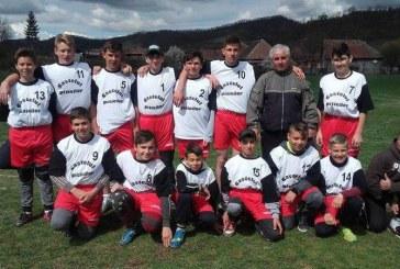 Oina, sportul național. Echipa de oină din Chiuiești, calificată în faza națională