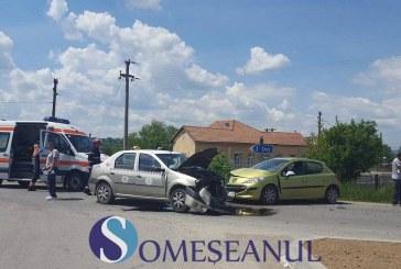 Accident la intrare în Mănăstirea. Un taximetru s-a ciocnit de o altă mașină – FOTO/VIDEO