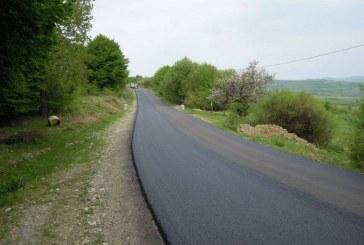 Strat nou de asfalt pe drumul județean 108B Viile Dejului – Bobâlna – limită cu judeţul Sălaj