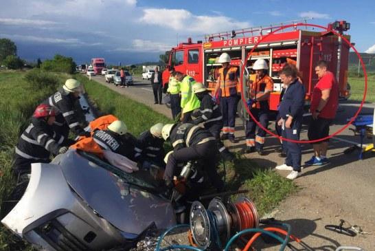 Doi paramedici SMURD din Bistrița, eroi pentru victimele accidentului de la Bonțida – FOTO/VIDEO