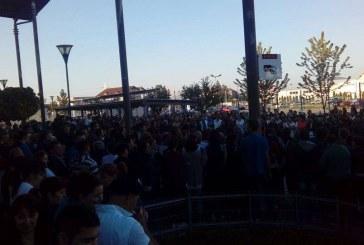Grevă la Leoni Bistrița. Mii de muncitori au reluat protestul – FOTO/VIDEO