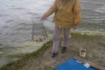 Bistrița: Tineri reținuți pentru braconaj piscicol, după ce și-au băgat prietenul în mormânt