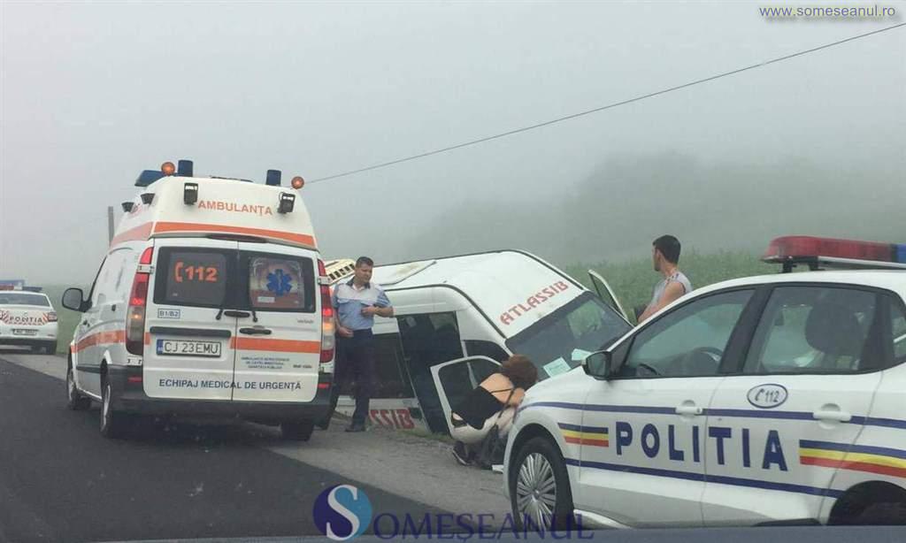 accident microbuz baita