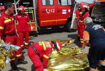 Carnagiu pe șosea, la Livada. Patru morți, printre care și un copilaș – FOTO