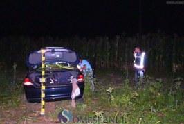BMW-ul rachetă: A zburat cu mașina prin lanurile de porumb la intrare în Cășeiu – FOTO/VIDEO
