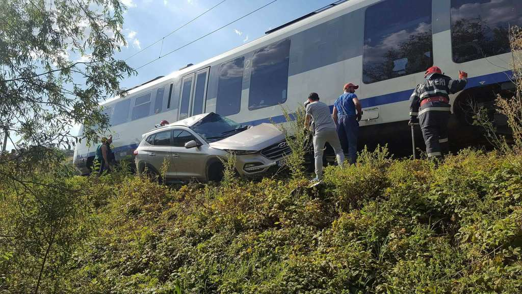 accident feroviar tren mariselu