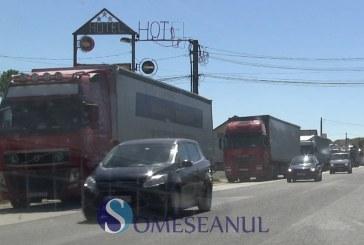 Circulația autovehiculelor mari, restricționată joi, între 12:00 și 20:00, în 15 județe, din cauza caniculei