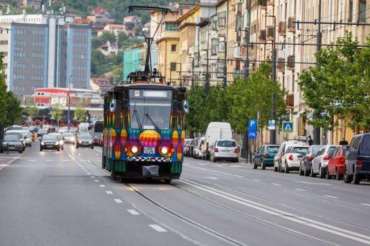 tramvai colorat cluj