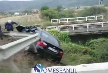 Accident la Livada. Două autoturisme s-au ciocnit violent – VIDEO