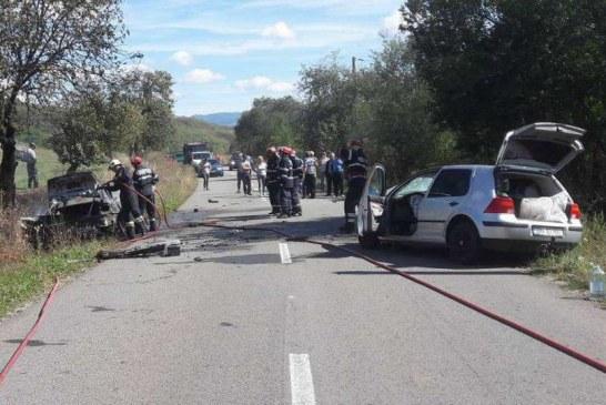 A scăpat cu viață dintr-un accident, după ce i-a luat foc mașina – FOTO
