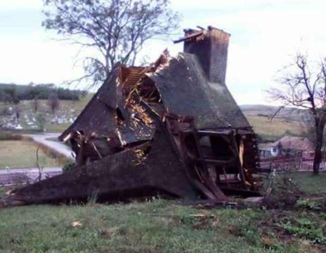 biserica lemn poarta salajului