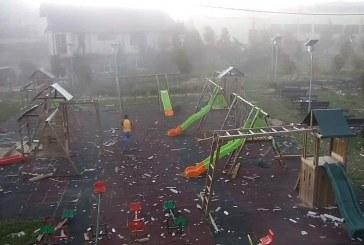 Cum a lovit furtuna într-o comună din Cluj. Trei mămici au evitat la secundă o uriașă tragedie – VIDEO