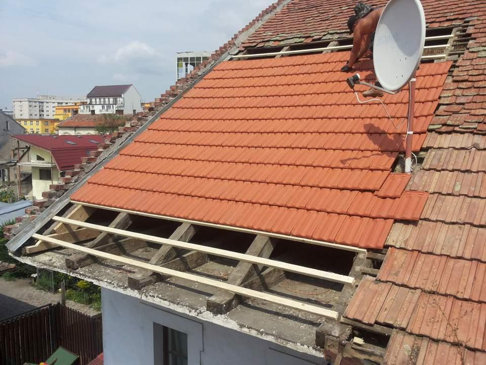 reparare acoperis furtuna