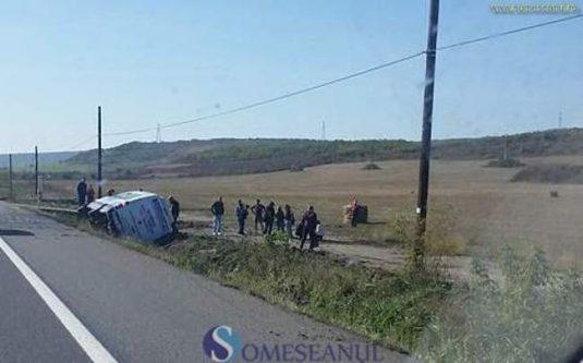 accident microbuz bustrans bontida
