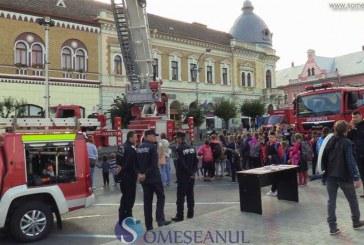 Pompierii dejeni, sărbătoriți azi în centrul orașului printr-o demonstrație de tehnică de intervenție – FOTO/VIDEO